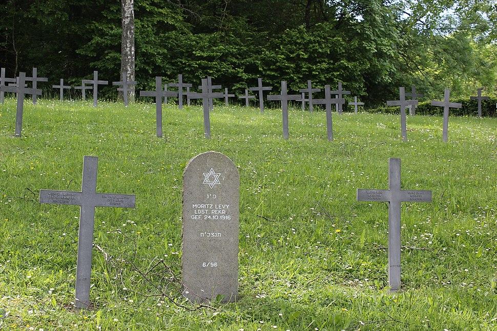 Azannes WWI German Cemetery 2
