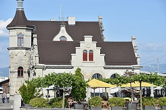 Rapperswil railway station - The renewed building as seen from towards Seedamm