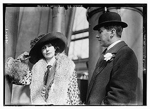 Adolph de Meyer - Bain News Service/LOC ggbain.07706. Baron and Baroness de Meyer