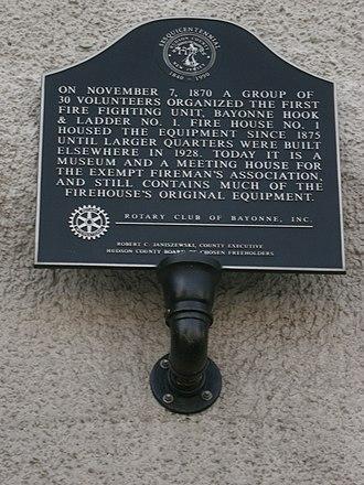 Bayonne Truck House No. 1 - Image: Bayonne Fire Museum marker