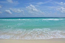 Beach Cancun.JPG