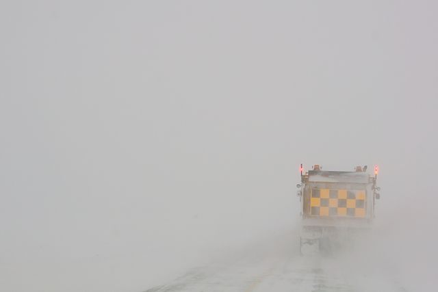 Driving behind a plow in Saskatchewan By BriYYZ from Toronto, Canada (Behind the plow  Uploaded by russavia) [CC BY-SA 2.0 (https://creativecommons.org/licenses/by-sa/2.0)], via Wikimedia Commons