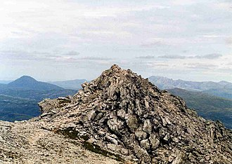 Ben More Assynt - Image: Ben More Assynt Summit rocks