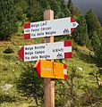 Bergtocht van Cogolo di Peio naar M.ga Levi in het Nationaal park Stelvio (Italië). Richtingsborden 01.jpg