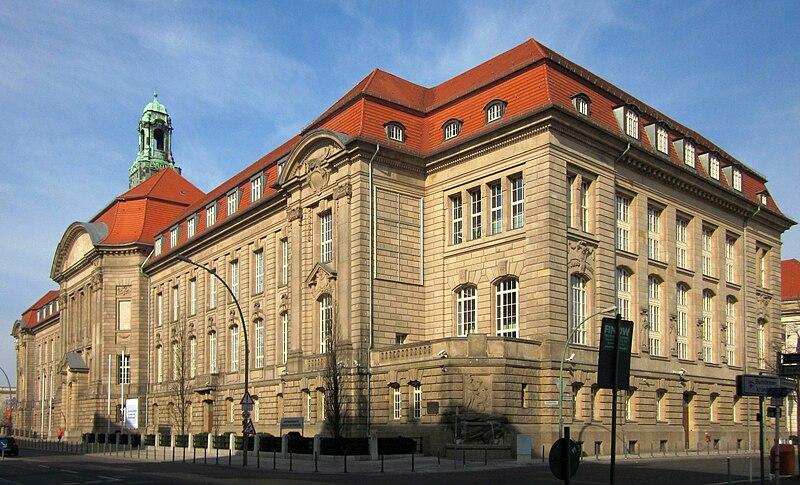 Heute steht auf den Gelände der ehemalige Pépinière das Bundesministeriums für Wirtschaft und Technologie in der Invalidenstraße in Berlin-Mitte - Foto von Jörg Zägel 2011