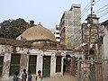 Binot Bibi mosque in Old Dhaka.JPG