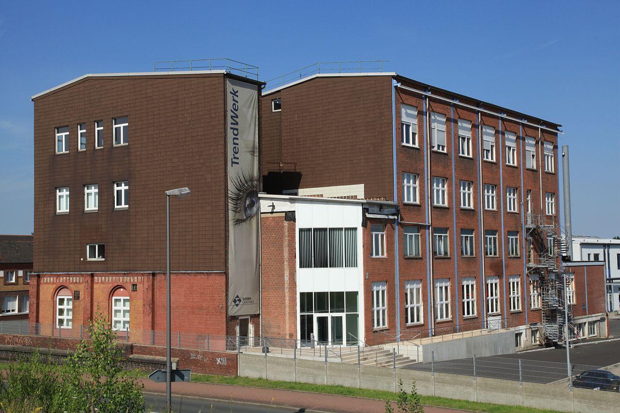 File:Bochum Gerthe - Sigma Coatings ( Landmarke) 01 ies