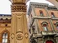 Bologna (BO), Portici - Via Farini (4), dettaglio.jpg