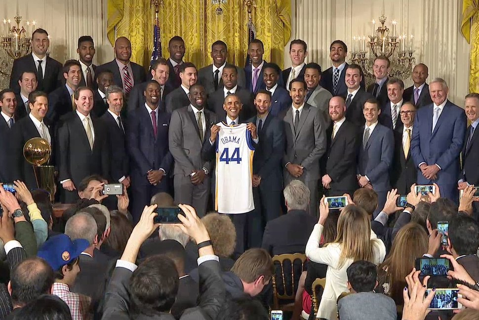 Brack Obama with the 2015 NBA Champions Golden State Warriors