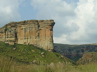 Golden Gate Highlands National Park - Brandwag Buttress