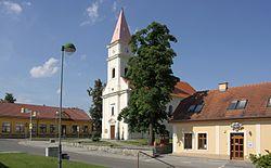 Bratčice - centrum obce.jpg