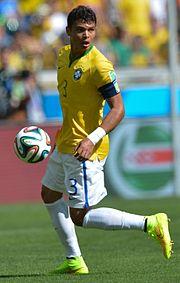 Thiago Silva con la fascia di capitano durante l'ottavo di finale Brasile-Cile al mondiale casalingo nel 2014