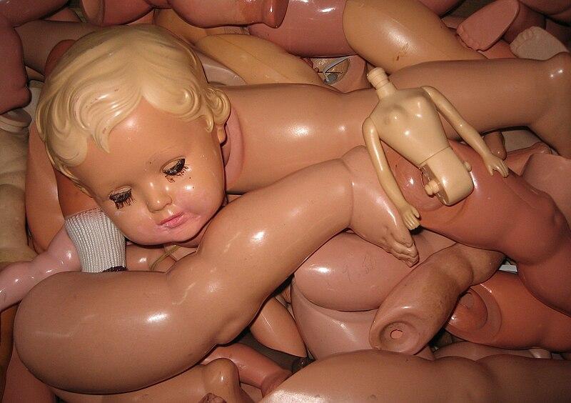 File:Broken dolls.jpg