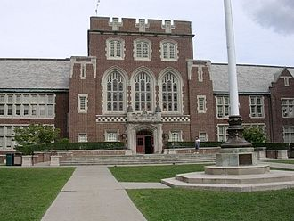 Bronxville Union Free School District - Image: Bronxville High School In 2009 From Pondfield Road