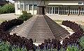 Brunnen-Ufo - panoramio.jpg