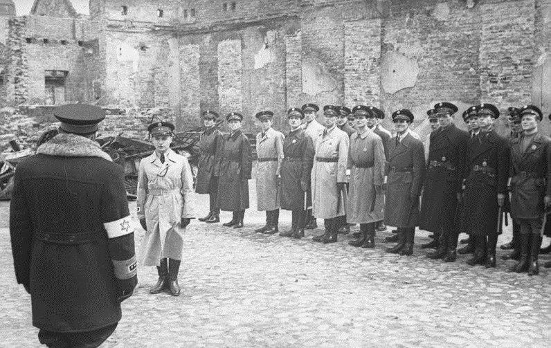 Bundesarchiv Bild 101I-134-0792-27, Polen, Ghetto Warschau, Ghettopolizei