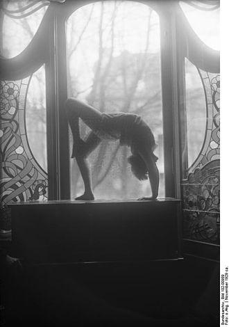 Modern dance - Dancer at the Laban school, Berlin 1929