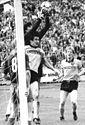 Bundesarchiv Bild 183-1987-0523-034, Dynamo Dresden - 1. FC Lok Leipzig 2-0.jpg
