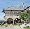Burg Hochosterwitz Arkadengang und Soeller 01062015 4364.jpg