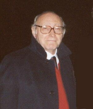 Mario Costa (philosopher) - Mario Costa (2003)