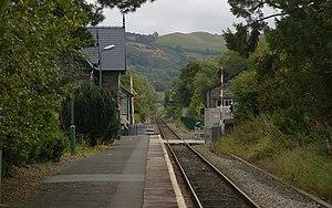 Caersws railway station - Image: Caersws railway station MMB 02