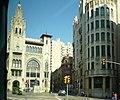 Caixa de Pensions i edifici annex.jpg