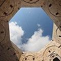 Castel del monte, cortile 02,2.jpg