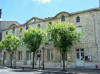 Castres-Gironde - Town hall
