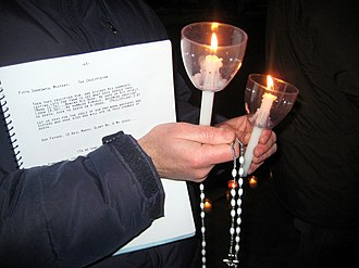 Candlelight vigil - Image: Catholic Vigil