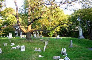 Chelsea Garden Cemetery - Image: Chelsea Garden Cemetery Chelsea MA 04