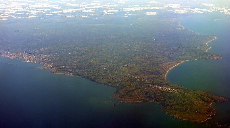 Fichier:Cherbourg Peninsula, France, 17 September 2005.jpg