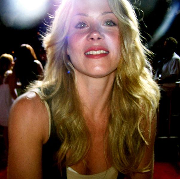 Christina Applegate picture