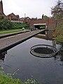 Circular weir Walsall Lock No 5 QF.jpg