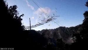 Archivo: Colapso del radiotelescopio de Arecibo 01.webm