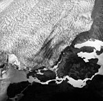 Columbia Glacier, Side View of Calving terminus, August 27, 1963 (GLACIERS 1052).jpg