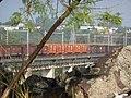 Comboio que passava sentido Guaianã pela ponte ferroviária sobre o Rio Tietê em Salto - Variante Boa Vista-Guaianã km 206 - panoramio (3).jpg