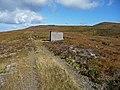 Concrete hut above Loch na Beinne Baine - geograph.org.uk - 994697.jpg
