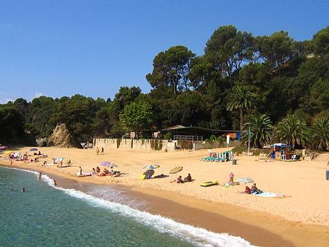 Best town to stay in costa brava