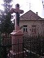 Crucifix (1922), Baj.jpg