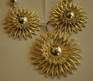 Antique Jewellery Designs Online