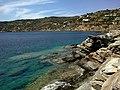 Cyclades Sifnos Panagia Chrisopigi Rochers Saoures 09092014 - panoramio.jpg