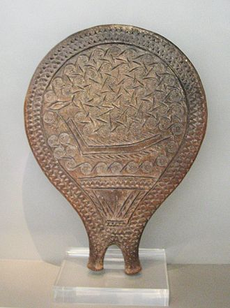 Cycladic culture - Frying-pan with incised decoration of a ship. Early Cycladic II, Chalandriani, Syros 2800–2300 BC