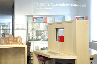 German Emigrants Database - DAD-Terminal at the Historisches Museum Bremerhaven