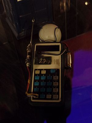 Flatline (Doctor Who) - The 2dis, the device that restores dimensions, as shown at the Doctor Who Experience.