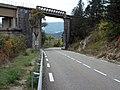 D 93 Luc direction Valence - Claps - Pont ferroviaire 2014-10-15.JPG