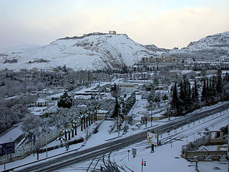 Mount Qasioun overlooking the city Damascus-snow-thlj-lshm.jpg