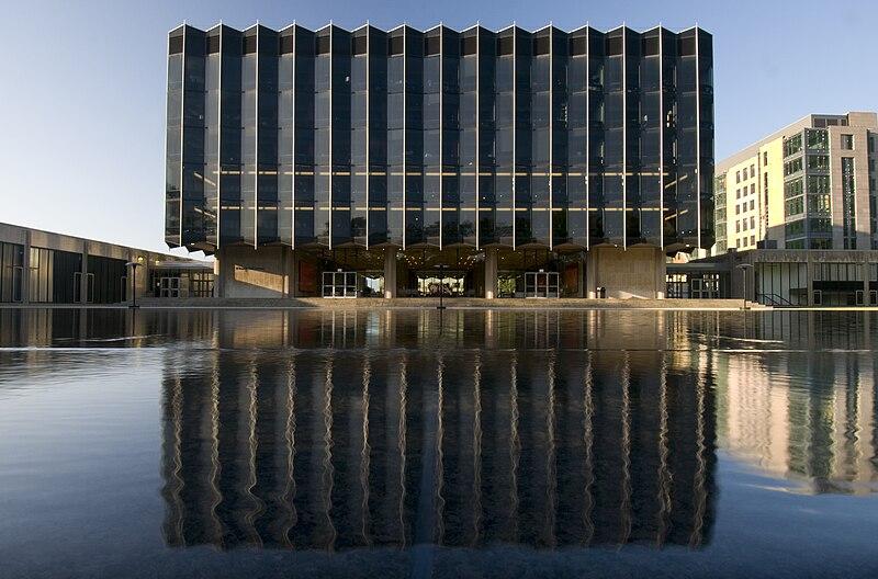 Daytime reflection 7-26-09.jpg