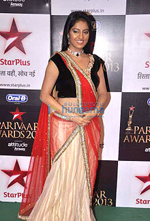 Deepika singh at the '11th Star Parivaar Awards 2013'01.jpg