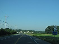 Delaware State Route 17 southbound past Gum Road.jpg