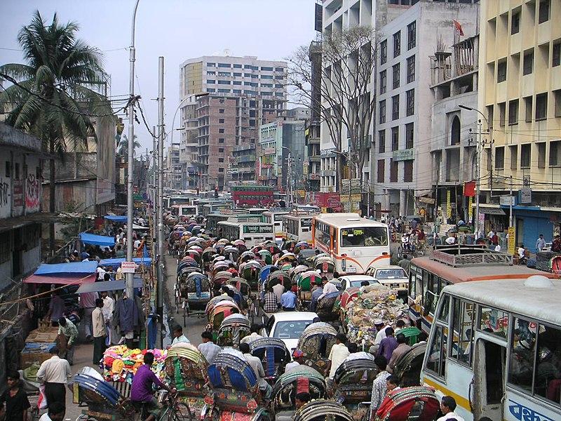 Bangladeš 800px-Dhakarushhour_%2854%29